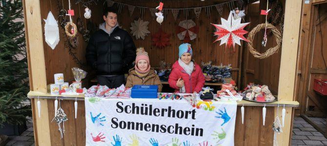 Der Schülerhort auf dem Adventsmarkt
